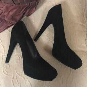Stuart Weitzman Black Heels Size 10M